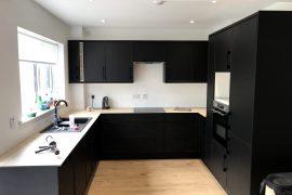 B&Q kitchen installation